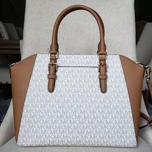 d6b56586f475 MICHAEL Michael Kors Bags - NWT Michael Kors LG Ciara Satchel bag Vanilla MK